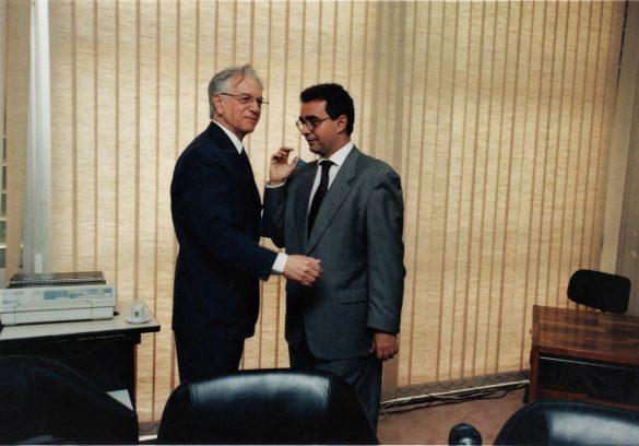 Itamar Augusto Cautiero Franco, 28 de junho de 1930 – São Paulo, 2 de julho de 2011) foi um engenheiro, militar e político brasileiro. Foi o 33.º presidente da República, tendo governado entre 1992 e 1995 após seu antecessor, Fernando Collor, ter sido afastado da presidência por um processo de impeachment.