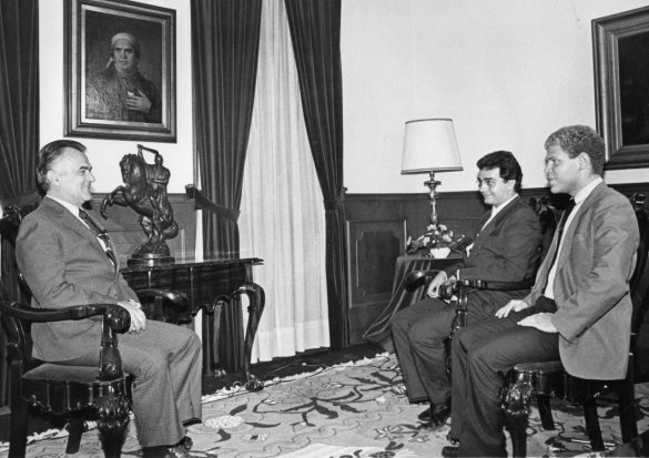 Miguel de la Madrid Hurtado foi um político mexicano. Foi presidente do México de 1982 a 1988.